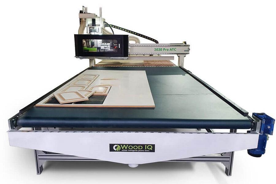 router cnc wood iq masa de descarcare